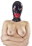 Latexová maska s výraznými rty